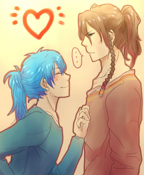 ladyshotacon:  Because, PONYTAIL AOBA.  Fuck yes.  I love Ponytail aoba  (source)