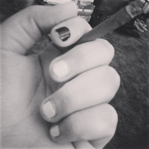 #blackandwhite #blunt #bluntoftheday #nails #420 #marijuana #cannabis #swisher
