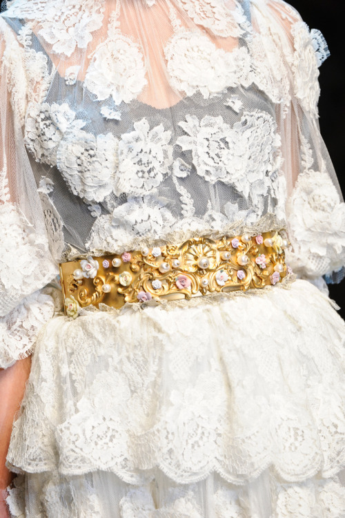 girlannachronism:  Dolce & Gabbana fall 2012 rtw details