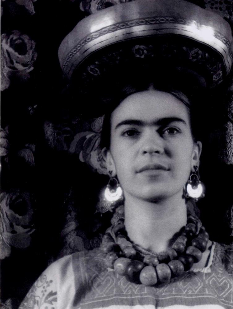 Frida Kahlo Wearing a Huipil and Balancing a Gourd, 1932 Carl Van Vechten