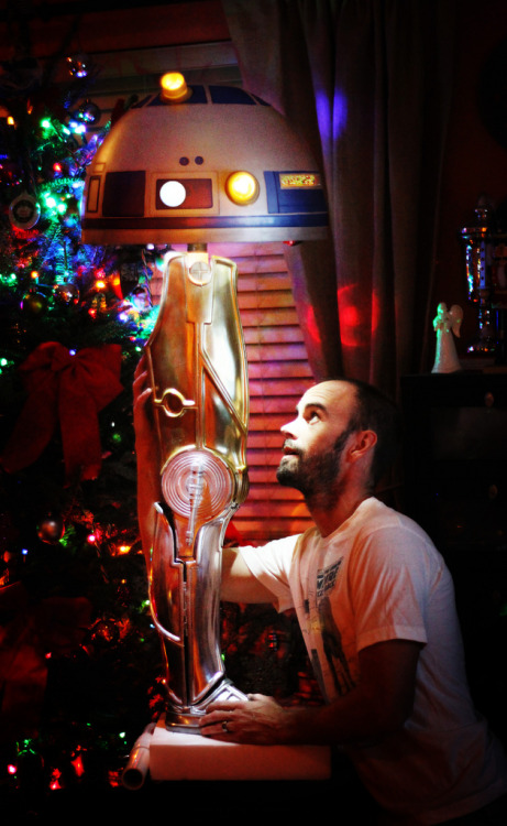 tiefighters:  Star Wars / Christmas Story Lamp Created by Gordon Tarpley Flickr || Blogspot via: dbsw