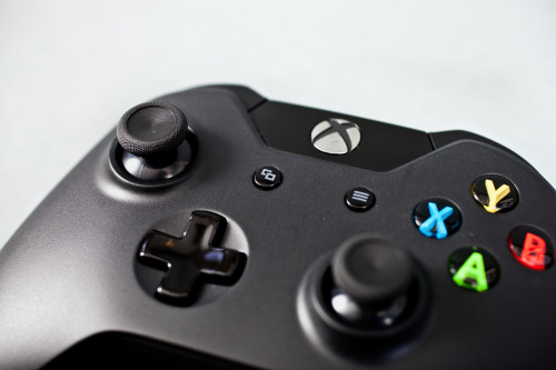 "theomeganerd:  Xbox One Revealed + Details Press Release: Microsoft unveils Xbox One: the ultimate all-in-one home entertainment systemA new vision for the future comes to life today as Microsoft Corp. unveils Xbox One, the all-in-one gaming and entertainment system created for today and the next generation. At Microsoft headquarters in Redmond, Wash., the company showcased how Xbox One puts you at the center of all your games, TV, movies, music, sports and Skype.""Xbox One is designed to deliver a whole new generation of blockbuster games, television and entertainment in a powerful, all-in-one device,"" said Don Mattrick, president, Interactive Entertainment Business at Microsoft. ""Our unique, modern architecture brings simplicity to the living room and, for the first time ever, the ability to instantly switch across your games and entertainment."" Introducing Xbox One With Xbox One, games push the boundaries of realism, and TV obeys your commands. Say ""Xbox On"" to launch your personalized Xbox One Home screen, discover what is popular on TV or see friends' latest gaming achievements all using the most natural interface — your voice. The more you interact with Xbox One, the more it gets to know you and learns what you like. Some of the breakthrough Xbox One features that put you at the center of your living room entertainment include the following:• TV on Xbox One - Navigate and watch live TV from your cable, telco or satellite set-top box through your Xbox One. Microsoft is committed to bringing live TV through various solutions to all the markets where Xbox One will be available.• Home - Turn on your entertainment system with two powerful words, ""Xbox On,"" and a custom-tailored Home dashboard welcomes you with your favorite games, TV and entertainment.• Snap - Do two things at once on the biggest screen in your home. Use Snap to jump into a multiplayer battle while watching your favorite movie, talk with friends on Skype while watching live TV, or track your fantasy team on TV as you watch the big game and more.• Skype for Xbox One - Specially designed for Xbox One, talk with friends on your TV in stunning HD, or for the first time ever, hold group Skype calls on your TV.• Trending - Stay on top of what is hot on TV by discovering the entertainment that is popular among your friends, and see what is trending within the Xbox community.• OneGuide - Find your favorite entertainment easily, searching by network, name or time, all with the sound of your voice and presented in a tailored program guide.To create the most advanced Xbox system ever designed for games, TV and entertainment, Microsoft created a state-of-the-art gaming operating system and fused it with an equally amazing entertainment platform, so you will not have to switch inputs to watch TV or play a game. An eight-core, x86 processor and more than 5 billion transistors helps make lag and load times a thing of the past, so you can instantly jump between a game and your entertainment at lightning speed or run a host of apps right alongside your game with no loss in performance. Introducing Xbox One titles and exclusives Gaming on Xbox One immerses gamers in cinematic worlds that look like real life, with characters that feel more human than ever before. AAA blockbuster titles unveiled for Xbox One include the following:• ""Forza Motorsport 5"" from Turn 10 Studios is the latest edition of the highest-rated racing franchise of the past 10 years.3 Built from the ground up to take advantage of Xbox One and the infinite power of the cloud, no game better delivers the sensation of being behind the wheel. ""Forza Motorsport 5"" sets a new bar for racing games and will be available exclusively for Xbox One at launch.• ""Call of Duty: Ghosts"" is the next generation of ""Call of Duty"" and a stunning leap forward for the franchise. It delivers an all-new world, an all-new cast of characters and an all-new story, built on a new, next-generation engine. The next-generation technical innovations built to support the incredible gameplay advancements make this the most beautiful and immersive ""Call of Duty"" experience yet. Activision and Microsoft also announced the renewal of their close partnership that will see both the return of the ""Call of Duty® Championship,"" presented by Xbox, as well as all-new downloadable content debuting first and exclusively on the Xbox platform.• ""FIFA 14,"" ""Madden NFL 25,"" ""NBA LIVE 14,"" and ""EA Sports UFC"" from EA Sports will change the way consumers experience and play sports games. Driven by the new EA Sports Ignite engine, these new EA SPORTS games will deliver massive innovations in human intelligence, true player motion and living worlds. Adding to its commitment to Xbox One, EA Sports also announced the promise of exclusive content to be revealed in the coming months.• ""Quantum Break"" from Remedy Entertainment is a revolutionary entertainment experience from the creators of ""Max Payne"" and ""Alan Wake"" that blurs the line between gaming and TV by integrating drama and gameplay into one seamless, uniquely immersive experience. How you play the game impacts the show, and the show informs how you play the game.In addition to the amazing lineup of games coming to Xbox One, Microsoft unveiled exclusive content partnerships with some of the top names in TV, sports and entertainment.• ""Halo"" television series - Award-winning filmmaker, director and producer, Steven Spielberg will executive-produce an original ""Halo"" live-action television series with exclusive interactive Xbox One content, created in partnership with 343 Industries and Xbox Entertainment Studios.National Football League - A multiyear, landmark partnership will deliver the ultimate interactive NFL television experiences for the next-generation Xbox One and leverage Microsoft devices and services to evolve both in-game and on the sideline. The NFL on Xbox will redefine broadcast experiences through innovations around Skype, Xbox SmartGlass and player-worn technology; add an all-new fantasy football solution for the biggest screen in the house; and create a personalized NFL destination only available on Xbox One. Introducing a new generation of Xbox Live Xbox One is built to amplify an all-new generation of Xbox Live that is more powerful, more personal and more intelligent. Unleashing the virtually unlimited power of the cloud makes everything more convenient and accessible, from allowing games to be installed in segments so that gameplay can start quickly to updates downloading in the background. Save and store your personalized profile, games and entertainment in the cloud to access them anytime, from any Xbox One console. In addition, existing Xbox Live Gold Membership for Xbox 360 willseamlessly carry over to Xbox One. Xbox Live takes you deeper into the games you love with all-new features.• Smart Match - A new Smart Match matchmaking system virtually eliminates waiting in lobbies by estimating wait times and finding people you want to play with while you are enjoying other activities — reputation fundamentally matters and helps find best matches.• Game DVR - A dedicated Game DVR captures and accesses your magic moments, all saved to the cloud. Along with sharing tools, you will have the most amazing bragging rights with Xbox Live.• Living Games - Dynamic, living worlds evolve and improve the more you play, and advanced artificial intelligence can learn to play like you, so friends can play against your shadow.• Expanded achievements - A new and expanded achievements system captures video of your epic moments, continues to grow a game's achievements over time and rewards you in new ways, and your Gamerscore carries over from Xbox 360.• Xbox SmartGlass - Xbox SmartGlass is natively part of the Xbox One platform, built in from the beginning with the ability to quickly render content directly onto your device, and now more devices can connect at one time for multiplayer and shared entertainment. Introducing the Xbox One look and feel New Xbox One hardware is sleek and modern and complements any décor. The console is shaped in the 16:9 aspect ratio and employs a horizontal orientation optimized for its high-speed Blu-ray™ disc player. It is molded in a deep and rich liquid black color and includes a distinctive beveled edge.The completely redesigned, revolutionary 1080p Kinect is more precise, more responsive and more intuitive. Its unparalleled vision, motion and voice technology let you reach into games and entertainment like never before by dramatically expanding its field of view and fidelity. It works in nearly any lighting condition, recognizes precise motion control from a slight wrist rotation, and distinguishes your voice even in a noisy room using advanced noise isolation.The class-leading Xbox controller is refreshed with more than 40 technical and design innovations. Updated directional pad, thumb stick and ergonomic fit immerse all gamers in ways that are uniquely Xbox, and precision and control have been dramatically increased with all new vibrating impulse triggers. The Xbox One Wireless Controller is designed to work in concert with the new Kinect, allowing the two to be paired automatically to create seamless player syncing.Xbox One will launch in markets around the world later this year. Visit the new Xbox Wire blog at news.xbox.com for in-depth features on the new system, including photos and videos from the unveiling event and new and rotating content from Xbox. More details about Xbox One and blockbuster games will be explored at the Electronic Entertainment Expo in June."