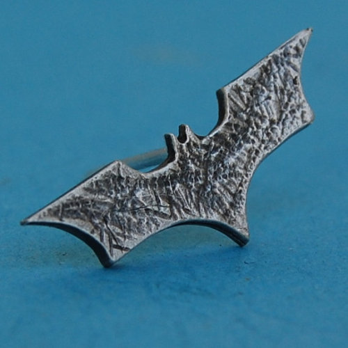 (via Sterling silver batman pin/tiepin by beaujangles on Etsy)