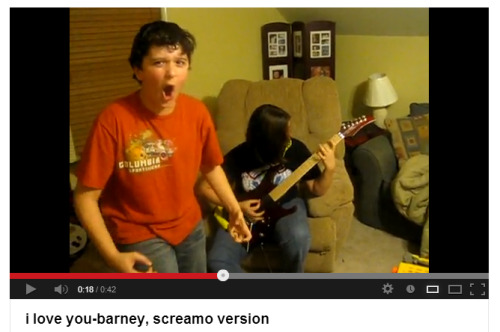 freakvevo:  is he screaming or pooping noone knows