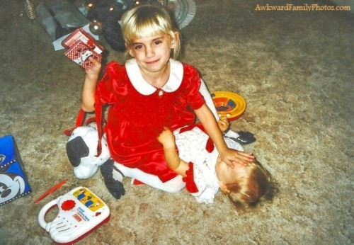 (via The Awkward Holiday Photo Contest Presented by Parental Guidance « AwkwardFamilyPhotos.com 12/18/2012) win…