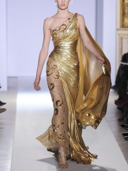 osolovely:  (Zuhair Murad)