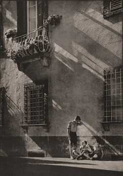 luzfosca:  Chris J Symes Shadows, 1935