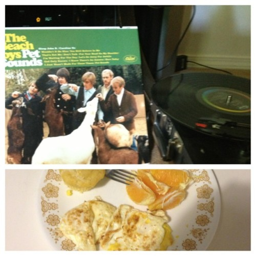 The Beach Boys are an excellent part of this balanced breakfast that I made for @rachelrrrose