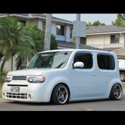 Wow! Peep this #Nissan #Cube on #AirRex suspension! Hope to see this car at our #Hawaii Meet!!! 3-7pm Sun June 2 at #PodiumRaceway! (at Follow @MOTORMAVENS on Vine)