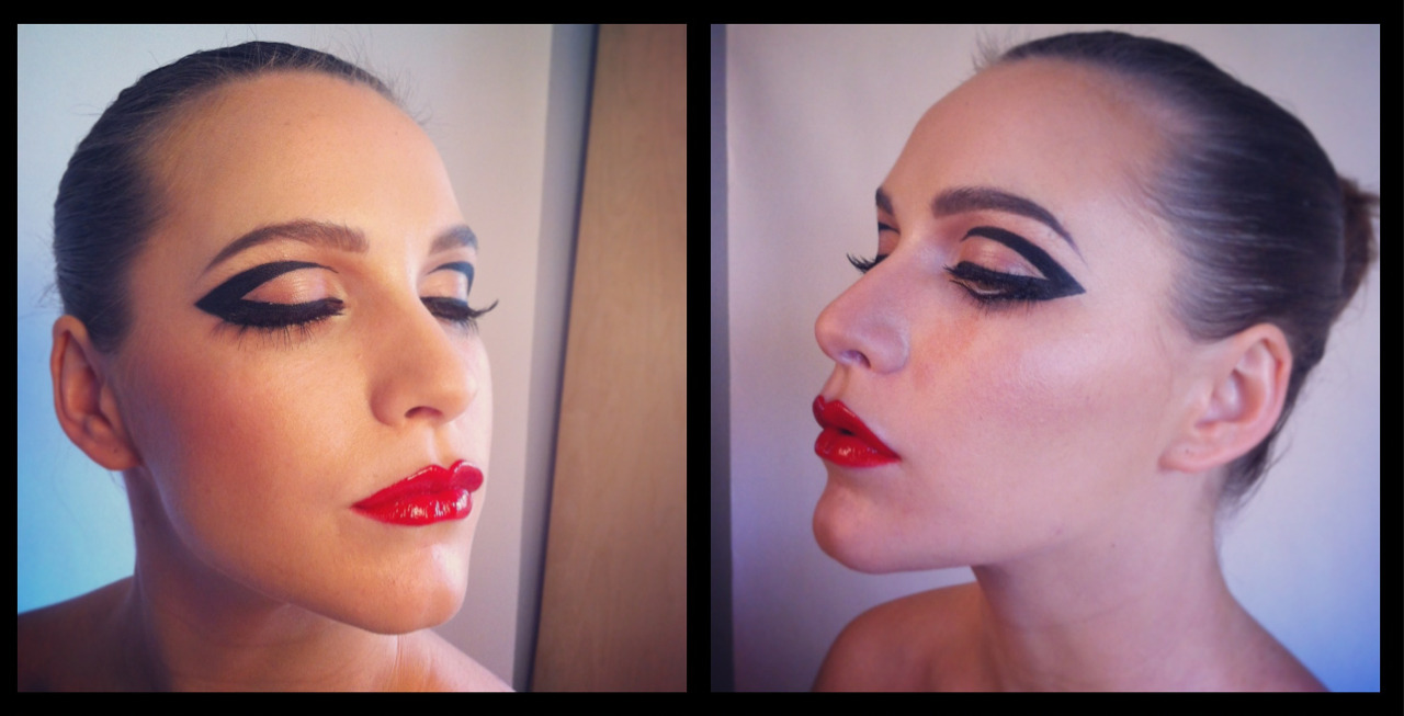 Mobile shots - one of today's makeup looks from our shoot!  Model - Kate Errington  I filmed a tutorial for this look, so subscribe to my YouTube channel to see it when it goes up! www.youtube.com/smiles2310