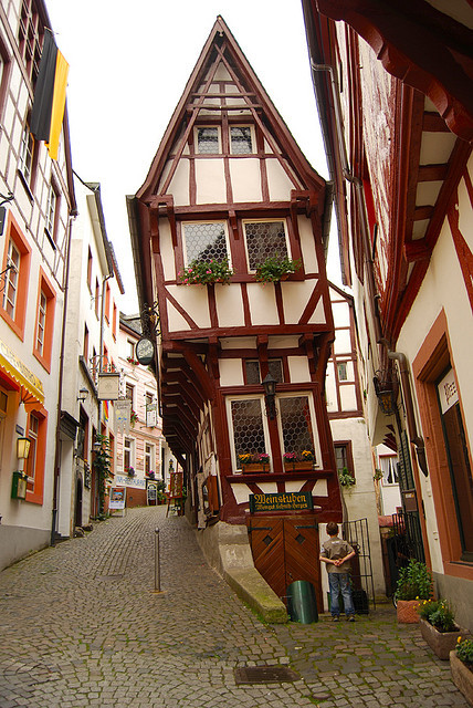 visitheworld:  Spitzhäuschen, more than 600 years old wine bar in Bernkastel-Kues, Germany (by kara t).