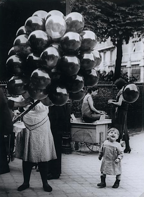 Brassaï The Balloon Merchant, 1931