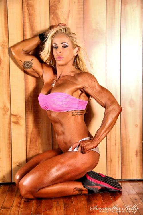sexyfitnessgirls:  Damn Jill You are rocking! @jill rudison  #sexy #strong #fit #gym