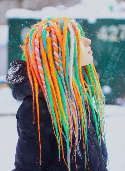 lovecolorhair:  Фотографии на времепловот | Facebook on We Heart It - http://weheartit.com/entry/51001038/via/JulchenBlondi