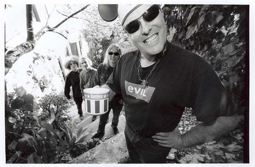 black-coffee-bonus-cup:  Jello Biafra and The Melvins