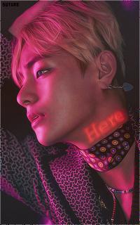 Kim Tae Hyung - V (BTS) - Page 2 Tumblr_oecffdHC9j1vfhewmo2_250