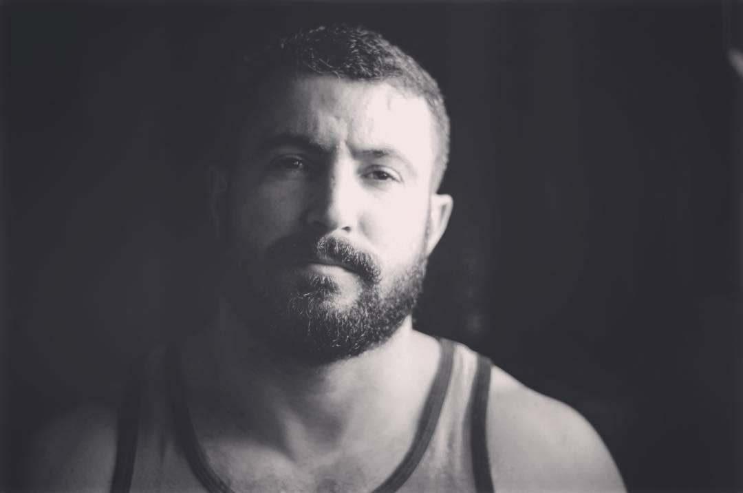 2018-11-23 18:07:53 - não se importe com o que as pessoas estão falando beardburnme http://www.neofic.com