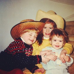 Rocking a cowboy hatted #tbt with @kknetzger and GinGin