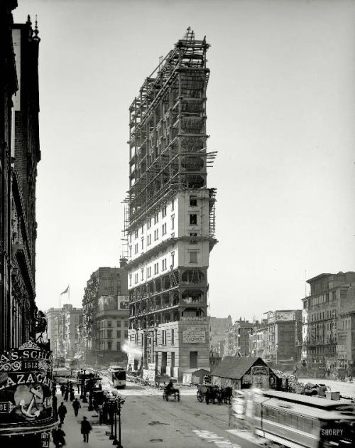 nevver:  Under construction, Times Square 1903