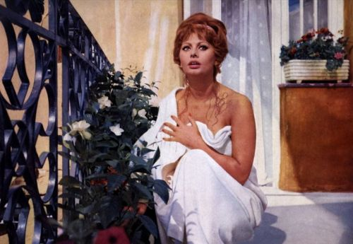 sofiaorsophia:  Sophia Loren is lovely
