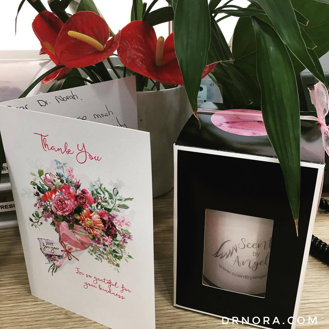 A beautiful thank you gift from a patient who's in love with her new lips! 💋Source: https://instagram.com/p/BZ5bShMj-bQ/