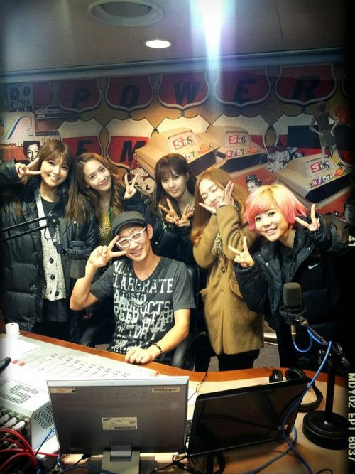 [130110] Sooyoung, Seohyun, Yoona, Jessica and Sunny at SBS Kim Chang Ryul's Old School Radio
