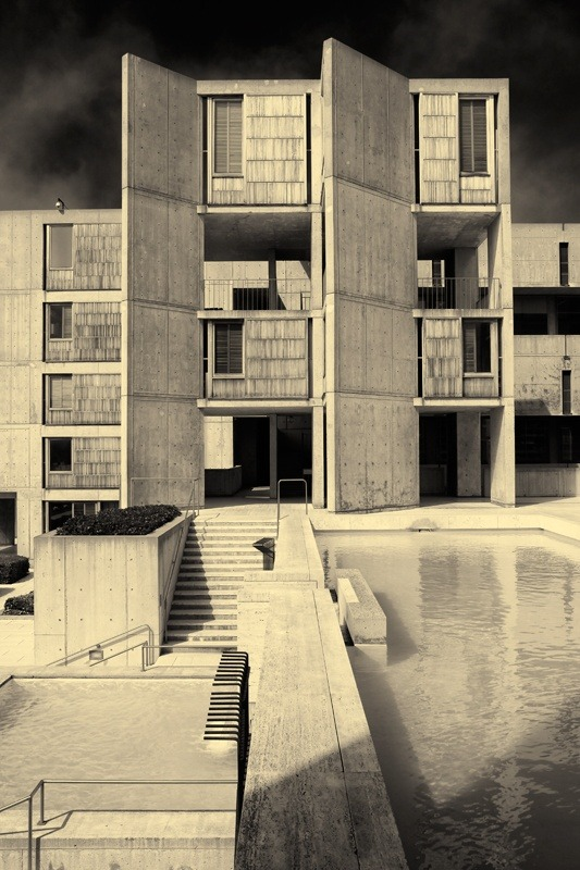 Salk Institute by Louis Kahn   All rights reservedby Benjamin Antony Monn source: architectuul