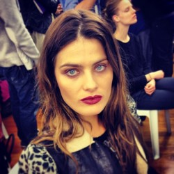 @IasabeliFontana1 in the house, backstage at Anthony Vaccarello! CE #pfw