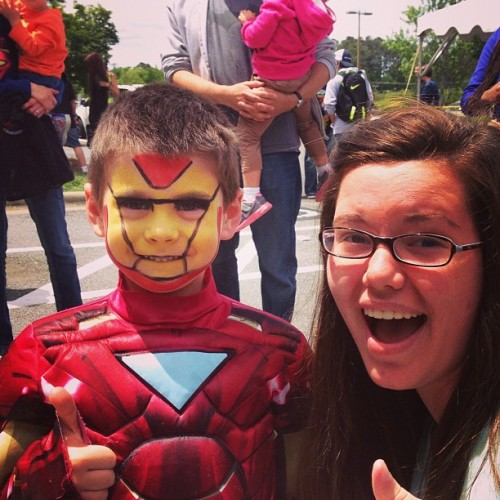 This kid actually just made my day #ironman #cute #paint #littlekid #happy  (at Ultimate Comics Superstore)