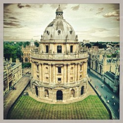 firsttimecaller:  #tbt #studyabroad #oxford #radcliffecamera #throwbackthursday ❤