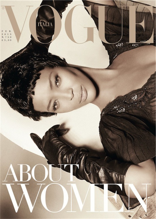The Face: Naomi Campbell is Vogue Italia's February 2013 Cover Girl Supermodel Naomi Campbell has such striking features!  Photographed by Steven Meisel and styled in a lovely Blumarine dress with Carolina Amato gloves by Karl Templer,the beautiful model is Vogue Italia's February 2013 cover girl. I wasn't too please with the choice of wigs, but I cannot stop staring at her face… she's beautiful.  As I continue to gush over Naomi's face, view the expanded cover and behind-the-cover video below! (read more)