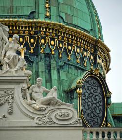 art sculpture architecture chateau decor gold statue royal austria Österreich Palace wealth roof vienna imperial wien monarchy schloss habsburg sissi vienne Wittelsbach Hofburg