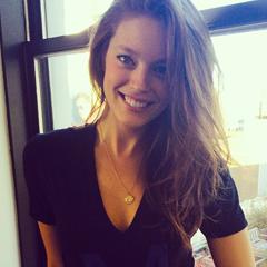 Chloé - Melle Grey est prête à vous recevoir Tumblr_ns5ygxvObx1t4osjeo4_250