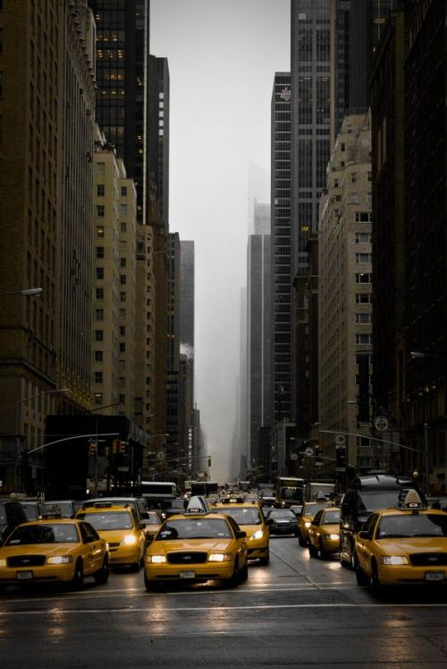Cloudy in the streets of NYC - By: Michael de Witte