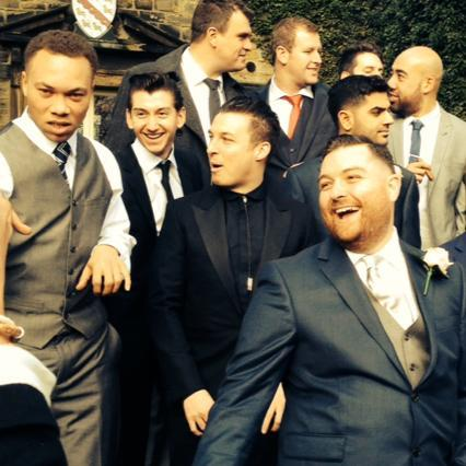 It seems that someone got married! Bless them all, look at their sweet faces! And Andy Nicholson is there too :D Oh it's Andy's wedding! Congrats to him! X
