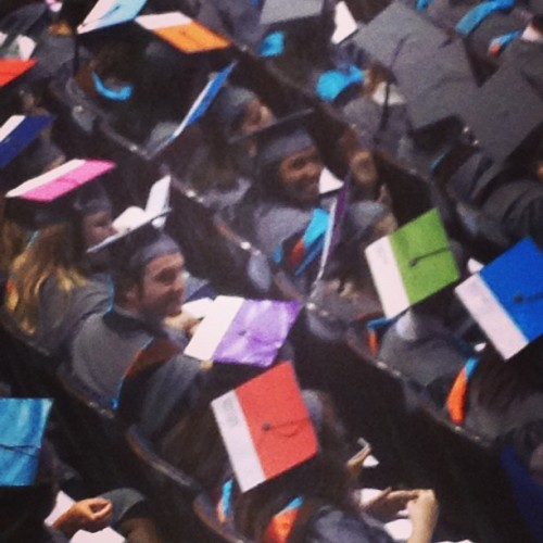 Question: How do you know you're at a Fine Art graduation? Answer: #Pantone Mortarboards 😍😍😍 Love them!!!! Yay Jenney!!!! #TwoRaisins (at DAR Constitution Hall)