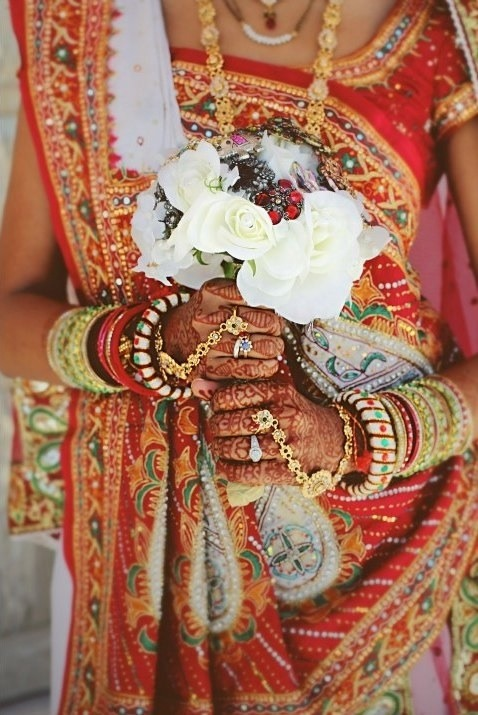 Beautiful bridal henna