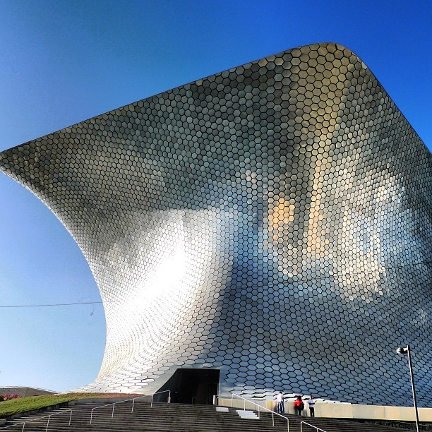 Museo Soumaya: courtesy of the Carlos Slim foundation.