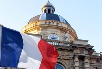 PARIS — France's constitutional council, the country's highest constitutional authority, on Friday rejected a challenge by conservative lawmakers to the country's new marriage equality law, saying the law is constitutional. The ruling means France could see its first gay marriages by the end of May. France's parliament passed the law legalizing same-sex marriage last month after a wrenching national debate and protests that flooded the streets of Paris. Opponents led by the conservative UMP party immediately challenged the law in France's Constitutional Council, which rejected their motion Friday. The gay marriage law must now be published in the official journal. (via France's constitutional authority rejects challenge to marriage equality law – LGBTQ Nation)