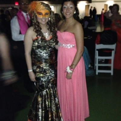 Me and Alicia (: #lovedherdress#senioryear #2013 #masqueradeprom #alicia#cuties @xoxo_alicia_sharp