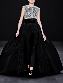 fuckyeahfashioncouture:  Naeem Khan Fall-Winter 2013