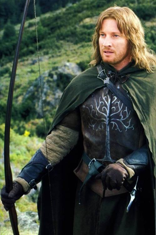 leraluna:  Fangirl Challenge! [7/10] Male Characters Faramir. The poor guy is far wiser than his brother: while Boromir is tempted by the lure of the Ring, Faramir wants to have as little as possible to do with it because he's savvy enough to understand everything comes from the Enemy is evil. He's also a very capable soldier and commander. His father doesn't give a damn about him until it seems he's dead. His daddy has almost have him burned alive. Poor boy. At least, after the war he gets the most badass damsel of the whole saga, my beloved Eowyn, and  the traditional role of Steward cause he's one of Aragorn's most trusted friends. He's definitely far more better person than his father and brother.
