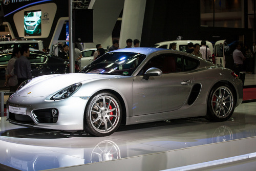 untitled by seua_yai on Flickr.Cayman S