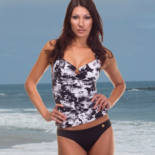 "NEW ARRIVAL! Havana Floral Black & White Ring Front Halter Tankini. Gathered front panel gives a gorgeous draped look, by Sunseeker Australia. http://www.swimhut.com/product_info.php?cPath=3&products_id=1003 Tankini Front Length - measurement from top of bust to hem 46cm (size 10) up to 55cm (size 16) - Model in main image is 5' 10"" tall SwimHut - Superior Quality Swimwear all year round!"