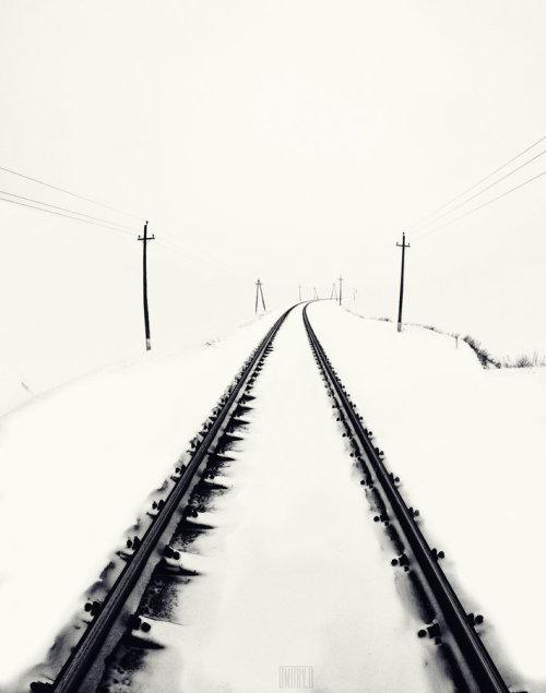 forza-tricolor:  Road to nowhere by Dmitry Doronin - http://bit.ly/ZTFnDg