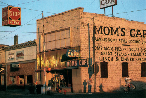 Mom's Cafe, Salina, Utah Photo by Joel Sartore, January 1996 National Geographic