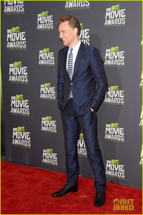 Tom Hiddleston - MTV Movie Awards 2013 Red Carpet