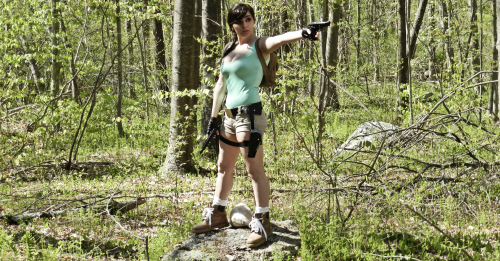Lara Croft x
