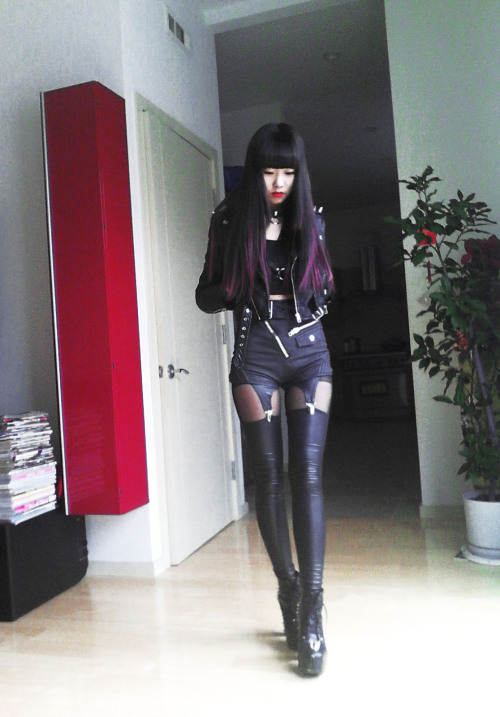 koi-nomegaplex:  I want this whole outfit