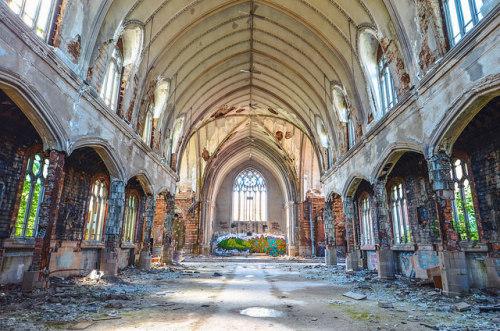fuckyeahabandonedplaces:  Abandoned Places - Detroit, MI by JayCass84 on Flickr.